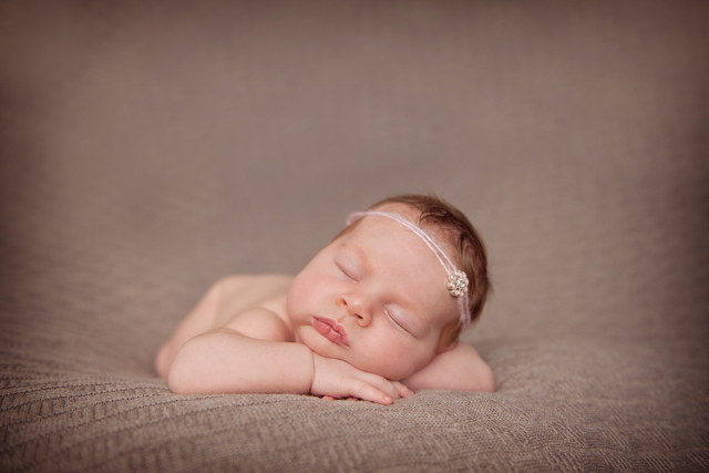 Ormiston Newborn Photographer