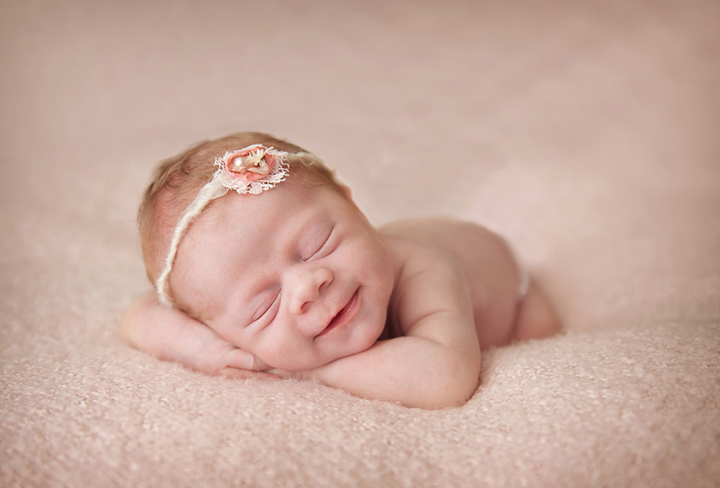 Award winning Newborn Photographer Brisbane